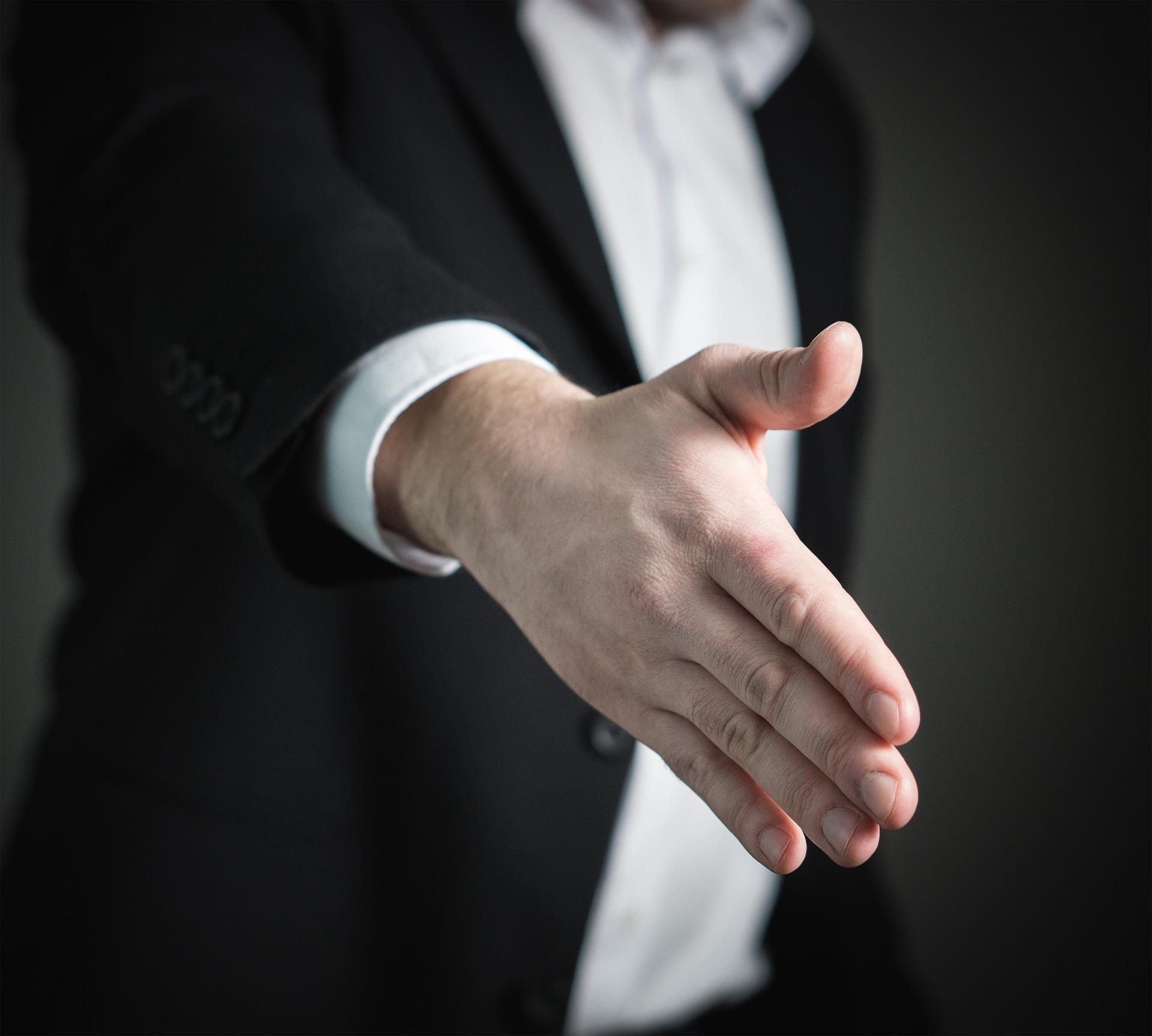 handshake-2056021_1920.jpg